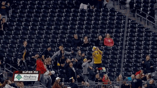 Pirates Fan Catches Foul Ball With Exploding Tub Of Popcorn