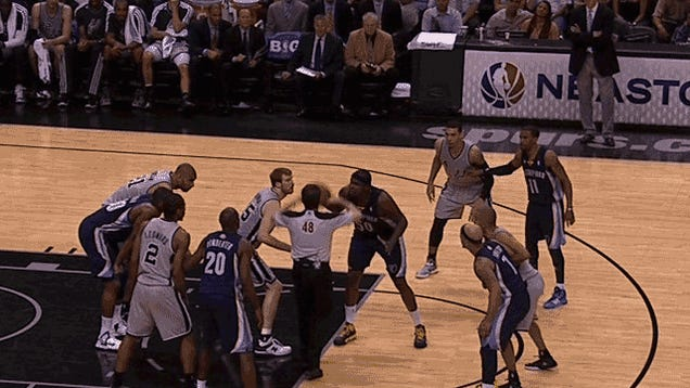 Matt Bonner And Zach Randolph Give Us The Best Jump Ball Of All Time
