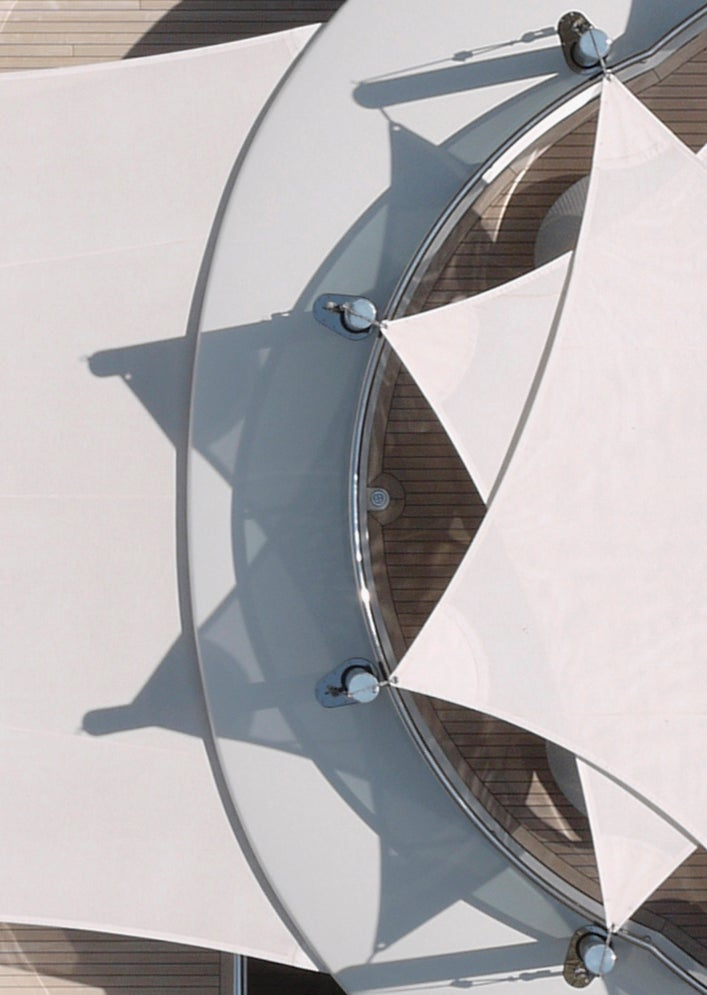 Inspect the Detailed Geometry of Ships in These High Res Photos