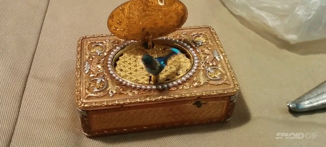 This toy from the 19th century seems to be working by magic
