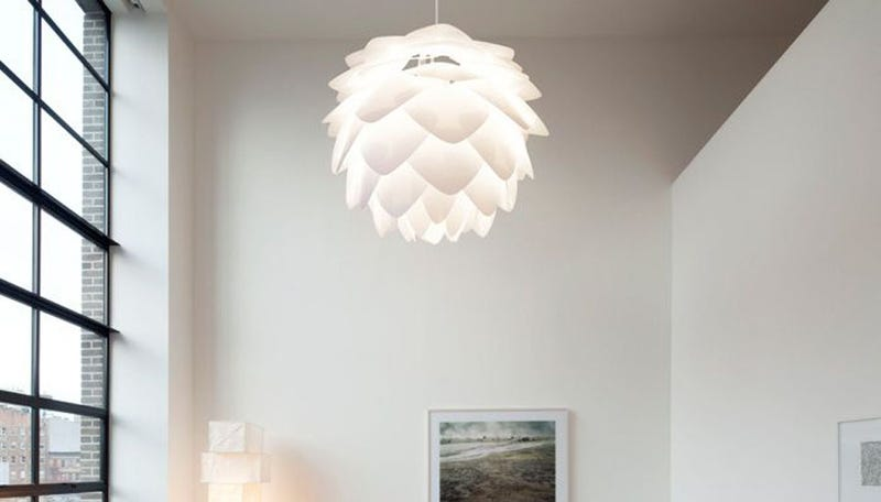 Artichoke Lamps, Soldier on Another Planet, and More