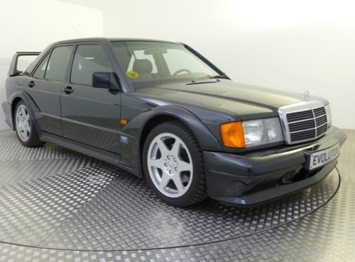 The Egyptians Could Learn A Thing Or Two From This Mercedes 190E