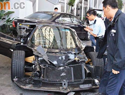 $1.1 Million Pagani Zonda F Crashes In Hong Kong
