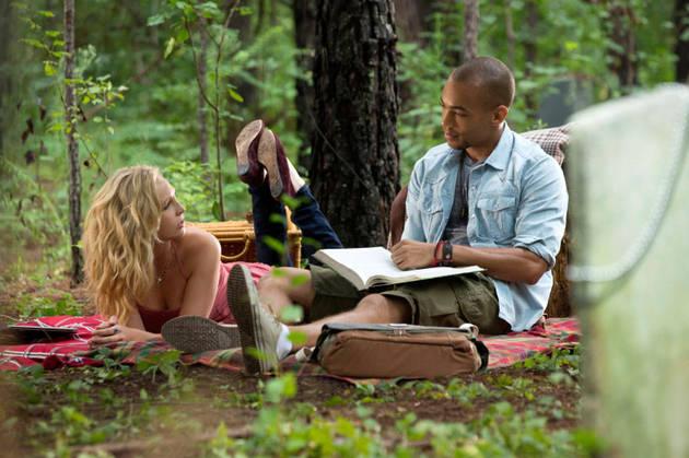 """Walking Dead Stars Explain Why """"The Fear Is Back"""" in Season 4"""