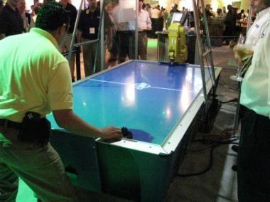 Air Hockey Robot Makes Air Hockey a More Calculating, Dangerous Game