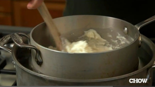 Use a Hot Water Bath to Reheat Mashed Potatoes Perfectly Every Time