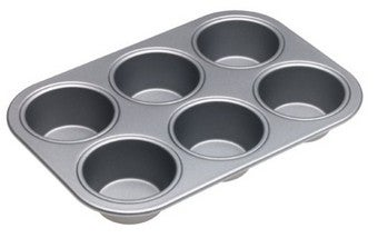 Carry Drinks in a Muffin Tin for One-Trip Refills