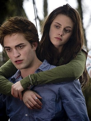 'Twilight' Stars to Suck $24 Million Payday For Sequel