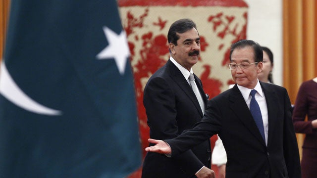 China Gifts Pakistan With 50 Fighter Jets