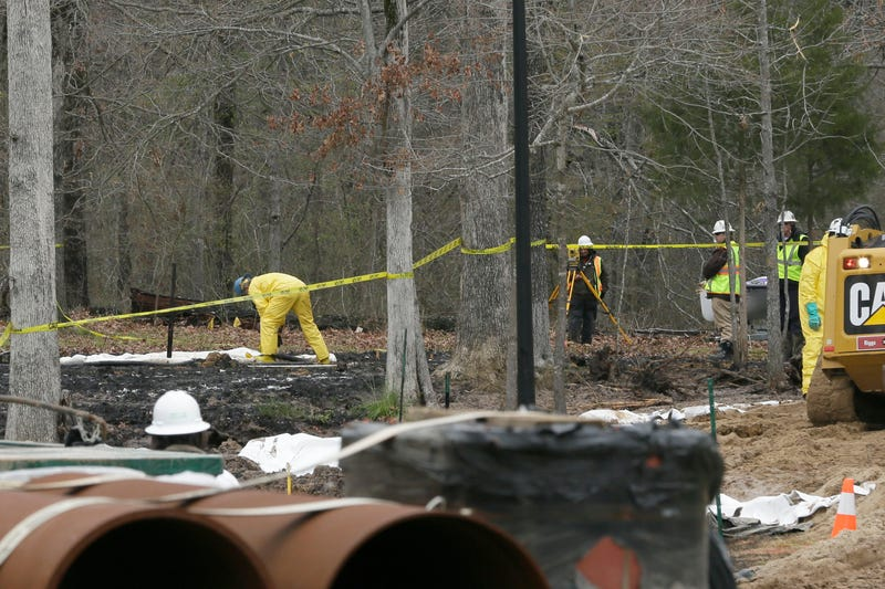 ExxonMobil Restricting Reporters from Entering Site of Arkansas Oil Spill