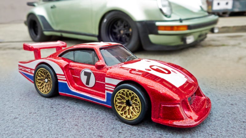 Hot Wheels New Series of Classic Porsches Were Customized by a Famous Collector