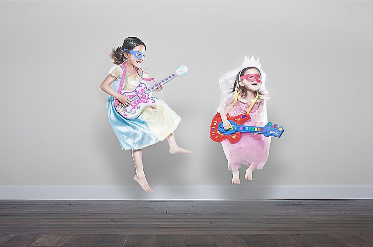 Insane and magical photos a father created of his daughters