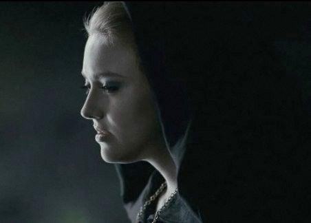 Now We Get It: Dakota Fanning Is Twilight's Emperor Palpatine...Right?