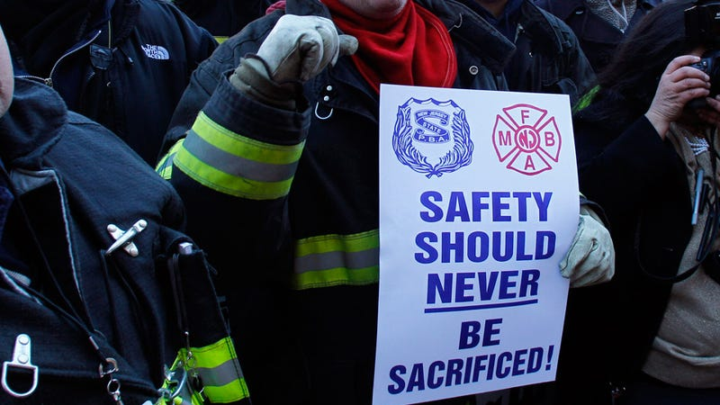 Firefighters Break Up With National Democrats