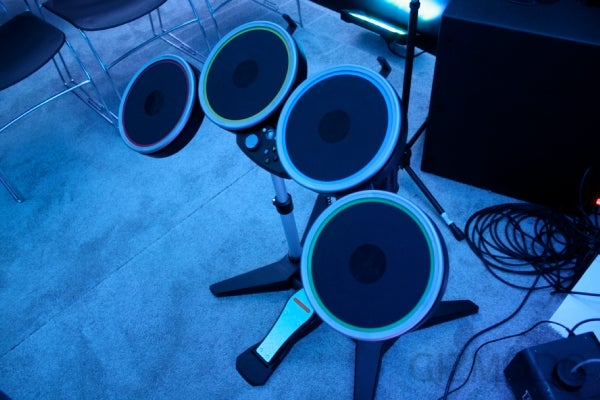 Rock Band 2 Is Only as Great as Its Instruments (Which Look Great)