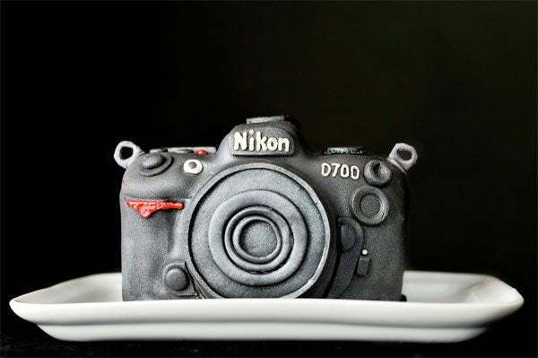 Best Husband Ever Bakes Wife Nikon D700 Cake...With a Surprise