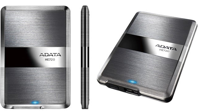 World's Thinnest External Drive Squeezes Half a Terabyte Into a Third of an Inch