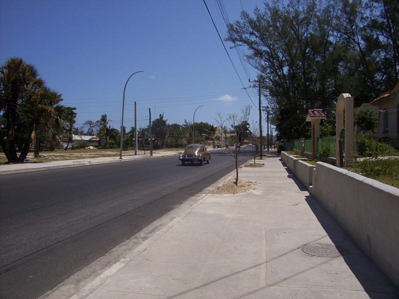¡Abajo En La Calle De Cuba!