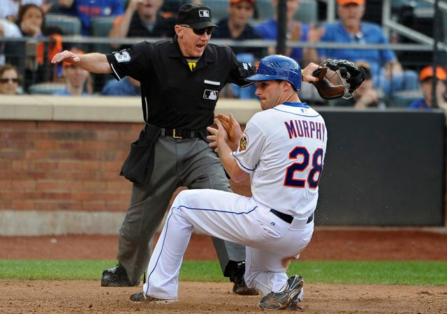 Better Know An Umpire: Lance Barksdale