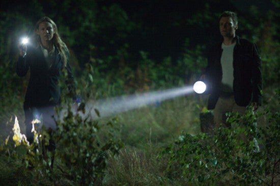 "Fringe 2x03, ""One Night in October"" Pictures"