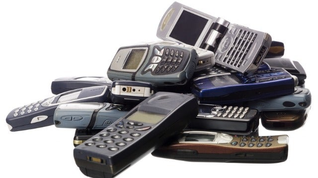 Samsung Wants Your Old Phones If You Want Their New Ones