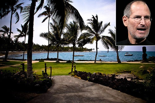 Steve Jobs: Relaxing in Hawaii?