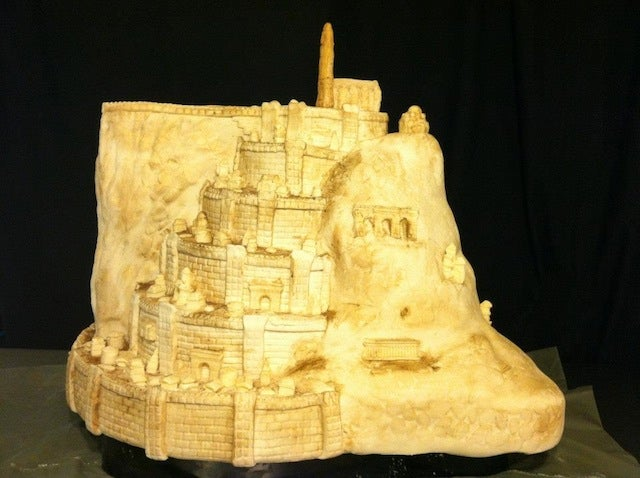 The sweetest model of Minas Tirith is made of cake and icing