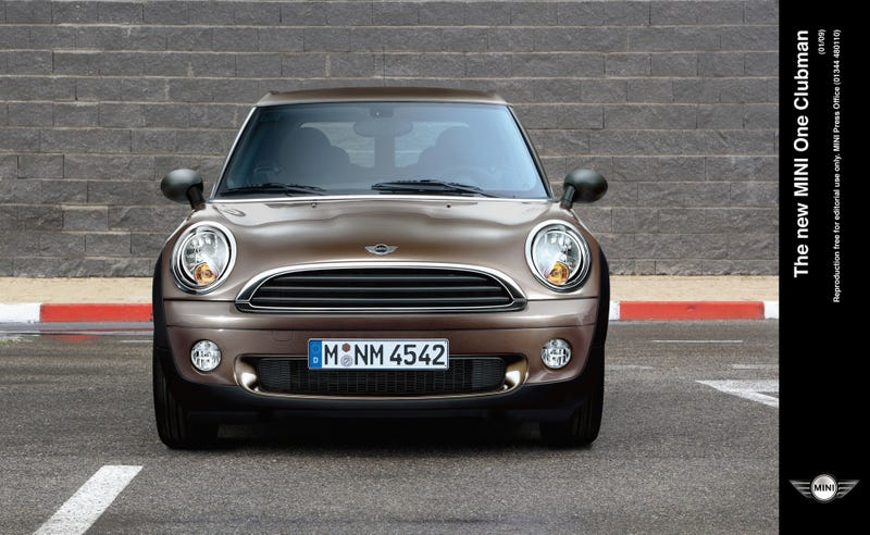 MINI One Clubman: Small And Cheap