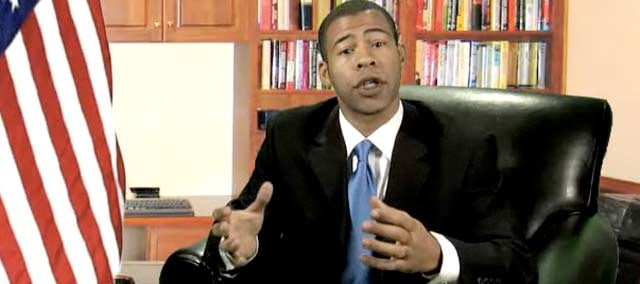 Parody: Obama Caters to the YouTube Crowd