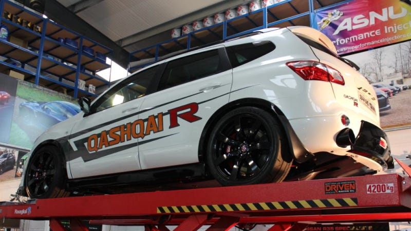 British Tuner's Take On The Performance SUV: Qashqai-R