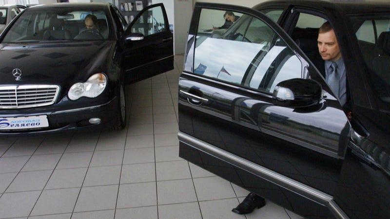 Vladimir Putin Is Killing The Russian Car Industry