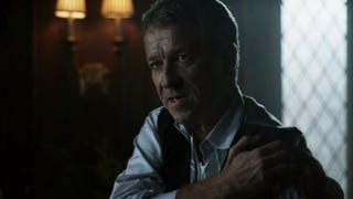 Alfred Kicks Ass, Flirts With Fish Mooney In This Exclusive <em>Gotham</em> Clip