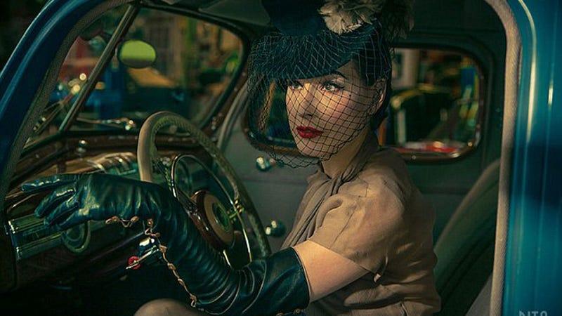 Dita Von Teese Sells Her Car on eBay Using Sexxxy Photos