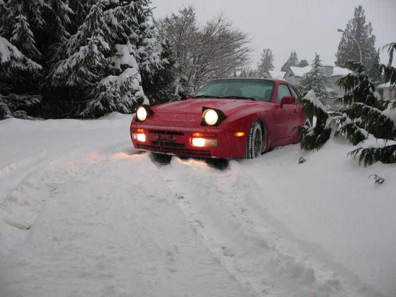 I think I've got a good/stupid solution for driving a 944 in winter..