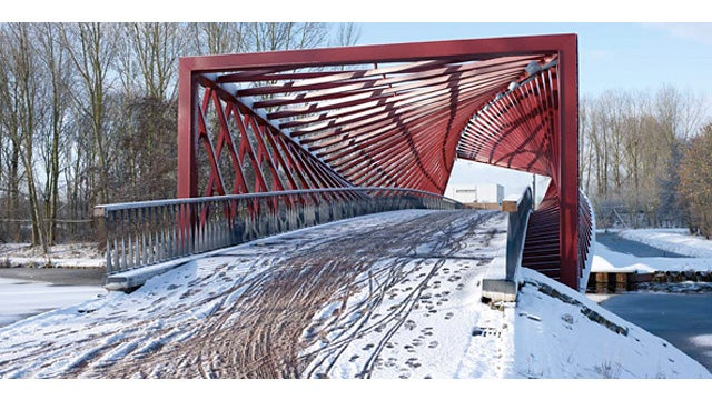 This Twisted Bridge Isn't a Failure At All