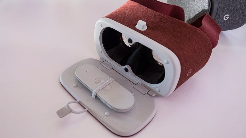 Google Daydream Is So Cool, But VR Is Still Best Left in the Living Room