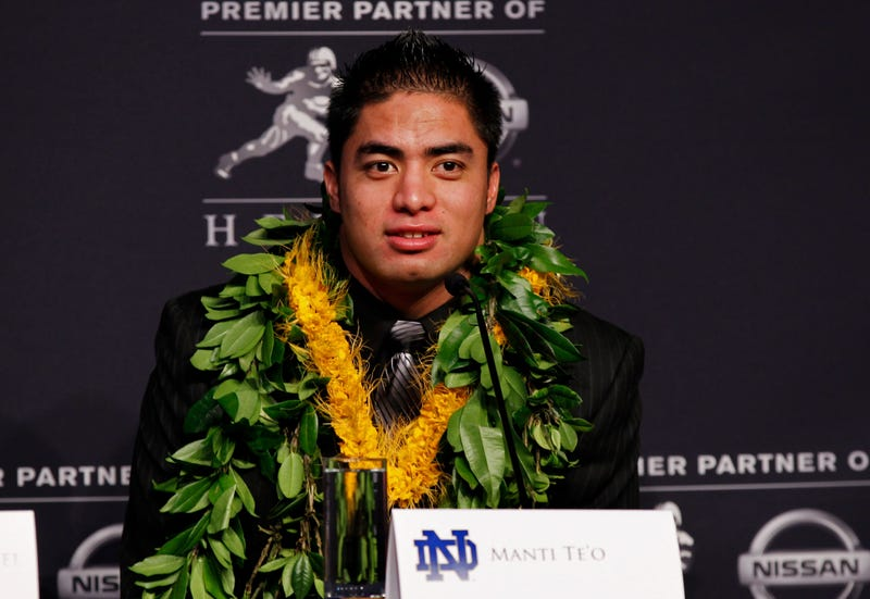Manti Te'o's Mom Tried To Convert Lennay Kekua To Mormonism Via Text Message