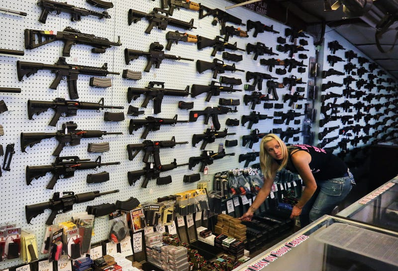 'Report: At Least 2,000 Known and Suspected Terrorists Have Made Legal Firearms Purchases in the U.S. Since 2004' from the web at 'http://i.kinja-img.com/gawker-media/image/upload/s--gVzsxaSQ--/c_scale,fl_progressive,q_80,w_800/1522183276924083376.jpg'