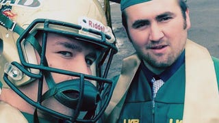 UAB Linebacker Protests School Prez By Wearing Helmet To Graduation