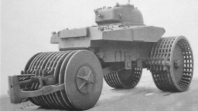 The Ten Strangest Tanks Ever Built
