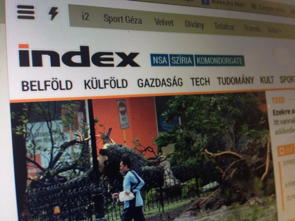 Itt egy rakás titkos kémfotó az új Indexről