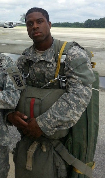 Remember Former 49ers RB Glen Coffee? He's An Army Paratrooper Now.