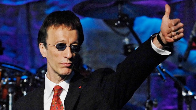Bee Gee Robin Gibb Dies at 62