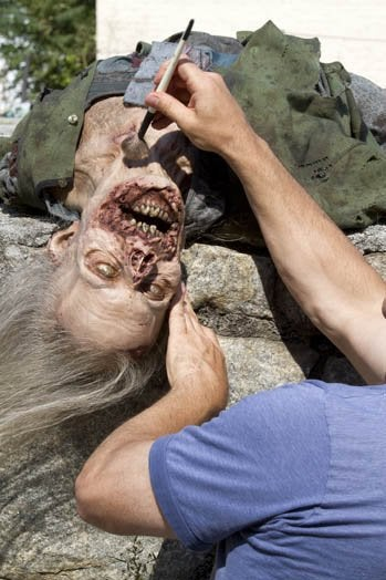 The Walking Dead Behind the Scenes Pictures