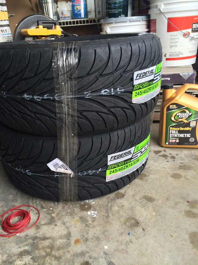 Mo tires, Mo problems