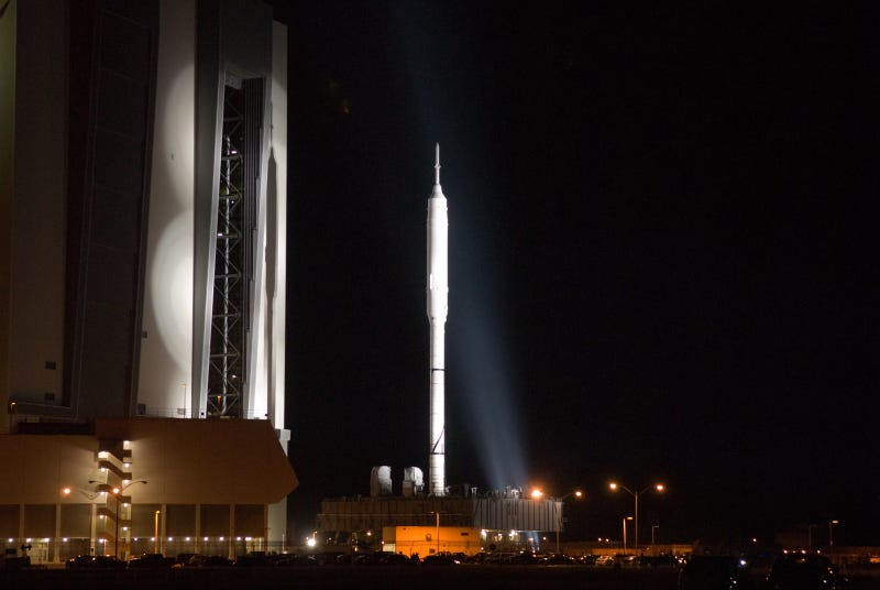 Ares I-X Rocket Unveiled, Rolls Out to Launch Pad