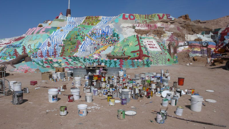 This Man Built A Colorful Mountain In The Desert With His Bare Hands