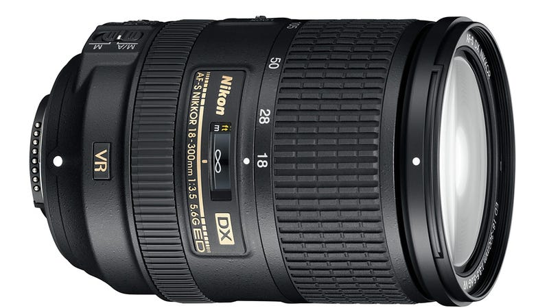 You Can Shoot Up-Close Artsy or Far-Away Stalker With This 16.7x Zoom Lens