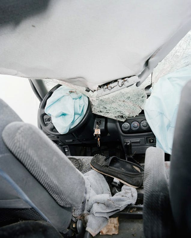 These Pictures of a Car After a Car Crash Are Horrifying