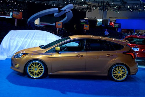 Customized Ford Focus ST: What Can Shiny Brown Do For You?